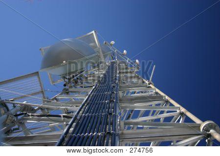 Torre de telecomunicaciones 06