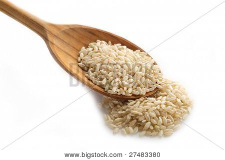 arroz integral sobre la cuchara