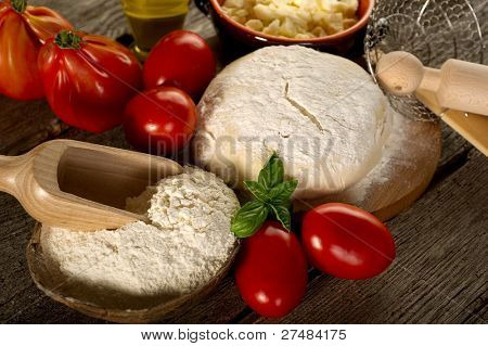 ingredients for homemade pizza