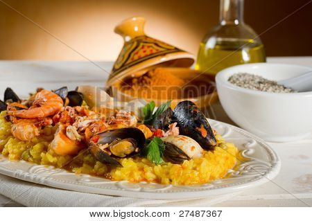 fish paella