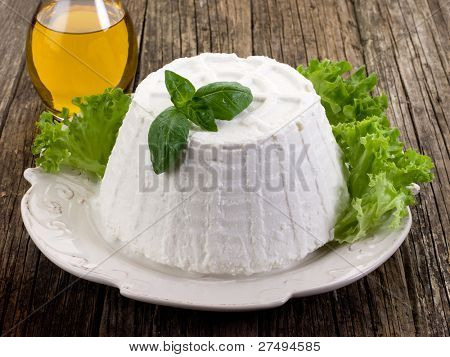 ricotta with basil lettuce  and olive oil