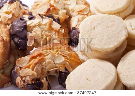 almond horn and shortbread