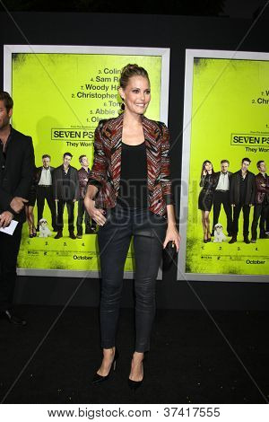 """LOS ANGELES - OCT 30:  Leslie Bibb  at the """"Seven Psychopaths"""" Premiere at Bruin Theater on October 30, 2012 in Westwood, CA"""