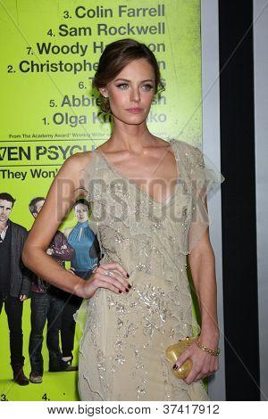 """LOS ANGELES - OCT-30: Christine Marzano bei der Premiere von """"Sieben Psychopathen"""" Bruin Theater auf Oc"""