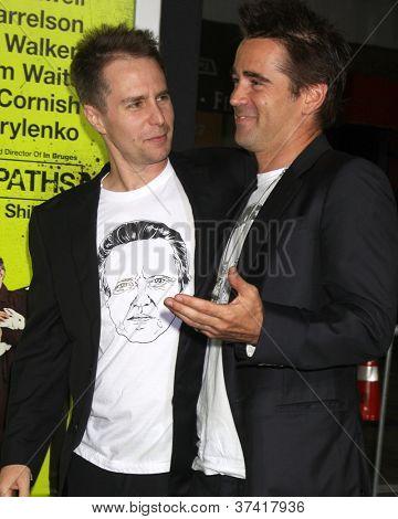 """LOS ANGELES - 30 de outubro: Sam Rockwell, Colin Farrell na estréia de """"Sete psicopatas"""" no Bruin o"""