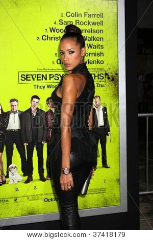 """LOS ANGELES - OCT 30:  Dania Ramirez  at the """"Seven Psychopaths"""" Premiere at Bruin Theater on October 30, 2012 in Westwood, CA"""