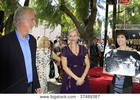 LOS ANGELES - OCT 3: James Cameron, Penelope Ann Miller, Gale Anne Hurd at a ceremony as Gale Anne Hurd is honored with a star on the Hollywood Walk of Fame on October 3, 2012 in Los Angeles, CA