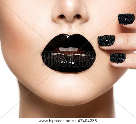 Trendy Black Caviar Manicure and Black Lips. Fashion Makeup and Manicure. Nail Art