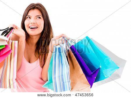 Mulher compra feliz sorrindo - isolado sobre fundo branco