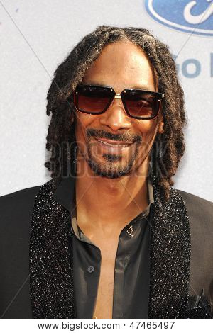 LOS ANGELES - JUN 30: Snoop Dogg at the 2013 BET Awards at Nokia Theater L.A. Live on June 30, 2013 in Los Angeles, California