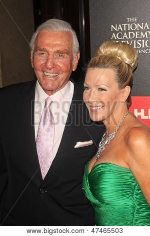 BEVERLY HILLS - JUN 16: Jerry Douglas, The Young & The Restless, Kym Douglas at the 40th Annual Daytime Emmy Awards at The Beverly Hilton Hotel on June 16, 2013 in Beverly Hills, California