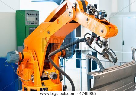 Automated Car Plant Production
