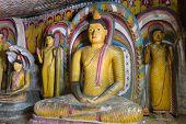 Постер, плакат: Статуи Будды в Дамбулла Шри Ланка