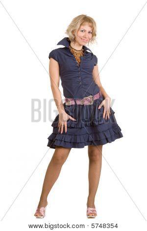 Frau in blauen Kleid