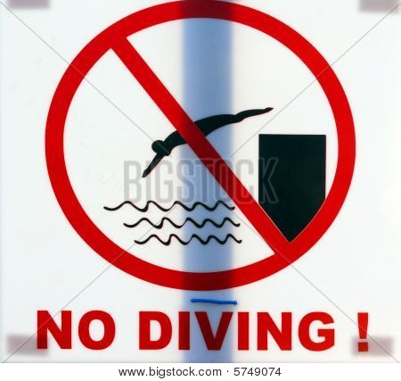 "Warning Sigh ""no Diving"""