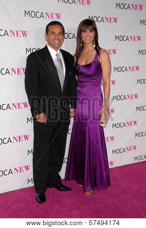 Antonio Villaraigosa and Lu Parker at the MOCA New 30th Anniversary Gala, MOCA Grand Avenue, Los Angeles, CA. 11-14-09