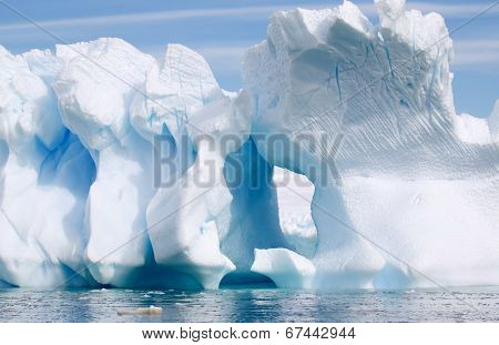 Antarctic Landscape - Amazing Icebergs