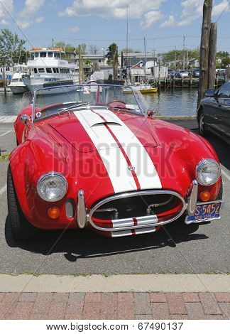 Cobra 427 sport car