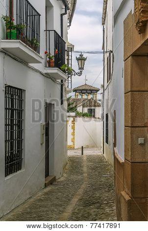 Street In Ronda, Apain