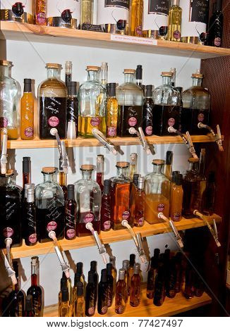 Mallorquin oils and vinegars in a store display