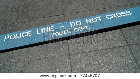 Police Lice Do Not Cross