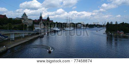 Szczecin - Waly Chrobrego street, boulevards