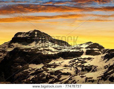 Dolomites moutnain peaks Piz Boe
