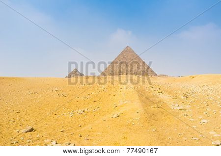 The Way To The Pyramid