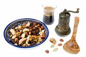 pic of mixture  - A mixture of nuts popular in Arab countries - JPG