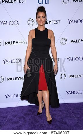 LOS ANGELES - MAR 08:  Bellamy Young arrives to the Paleyfest 2015