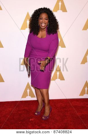LOS ANGELES - FEB 02:  Oprah Winfrey arrives to the Oscar Nominee Reception  on February 2, 2015 in Beverly Hills, CA