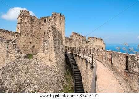 Castel Beseno ruins