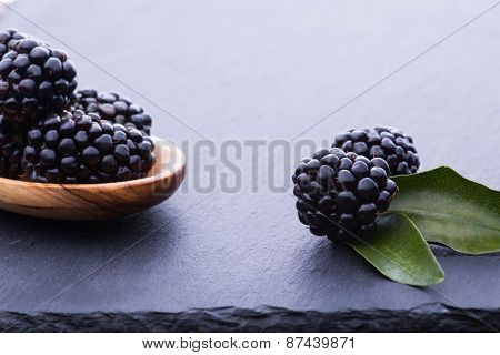 Bleckberry On Stone Board