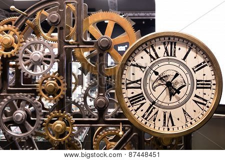 Vintage Watch With Wooden Gears Installation
