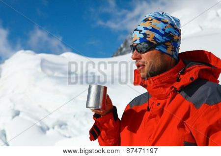 hiker drink coffee or tea