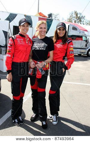 LOS ANGELES - FEB 7:  Dara Torres, Tricia Helfer, Donna Feldman at the Toyota Grand Prix of Long Beach Pro/Celebrity Race Press Day at the Grand Prix Compound on FEB 7, 2015 in Long Beach, CA