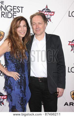 LOS ANGELES - FEB 6:  Donna Isham, Mark Isham at the
