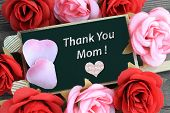 picture of i love you mom  - chalkboard sign showing message of thank you mom - JPG