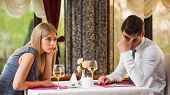 picture of boring  - Couple is getting bored on first date - JPG