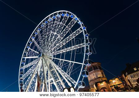 Ferris Wheel In Dusseldorf