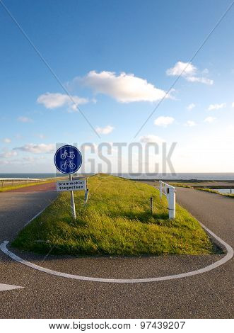 U Turn At The Dike Near The Sea
