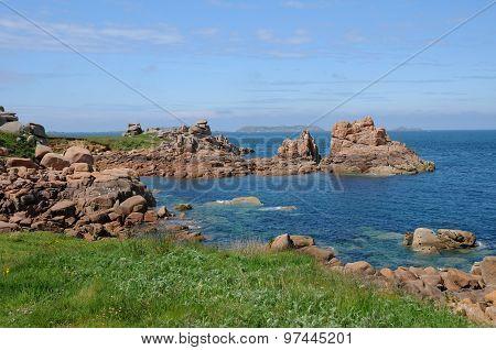 Bretagne, Pink Granit Rocks In Ploumanach
