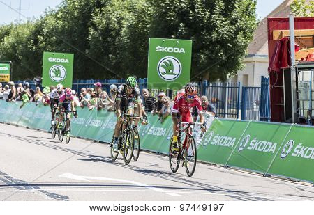 The Breakaway - Tour De France 2015