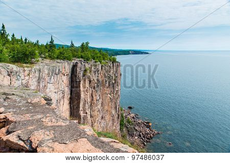 The Cliff Of Palisade Head