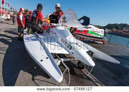 Ctic China Team Boat Preparations