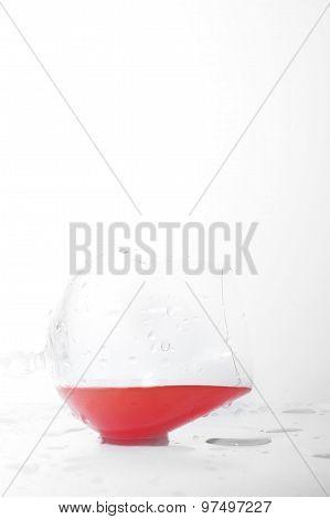 Liquid In  Wineglass
