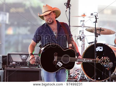 NEW YORK-JUL 31: Country music artist Jason Aldean performs onstage at NBC's 'Today Show' at Rockefeller Plaza July 31, 2015 in New York City.