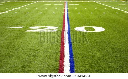 Amerikanischer Fußball über das Feld