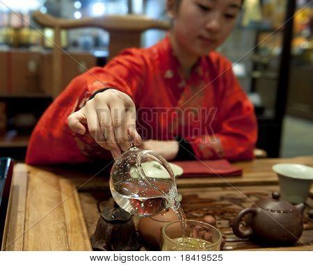 chinese tea ceremony girl