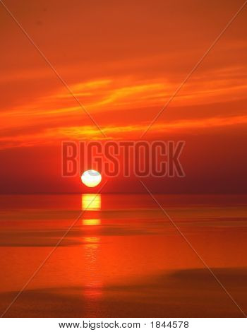 Sunrise Over The Lake   70466